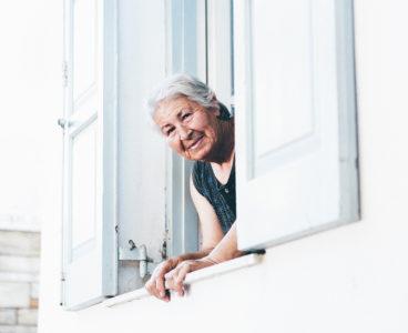Teleasistencia para mayores con tu seguro de Hogar