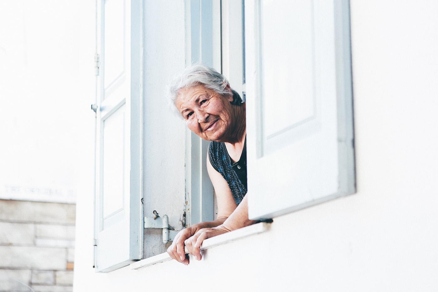 Teleasistencia para mayores con tu seguro de Hogar 0